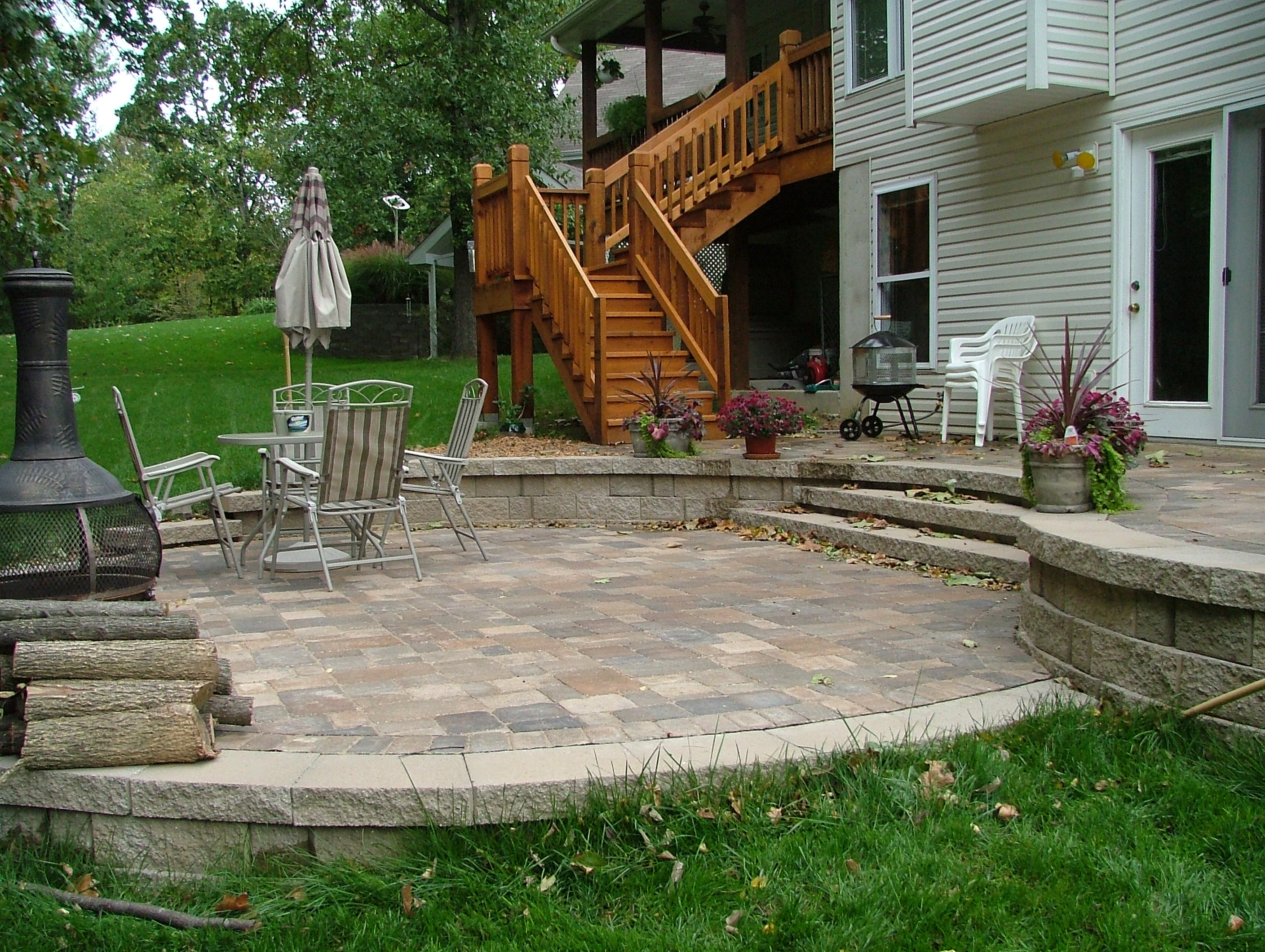 Patio deck on pinterest raised patio concrete patios for What is a terrace