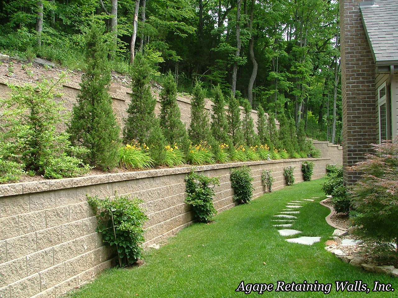 Agape retaining walls inc terrace photo album 2 for Garden wall designs